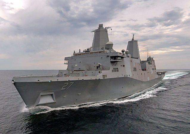 波特蘭號兩棲船塢運輸艦(LPD-27, USS Portland)
