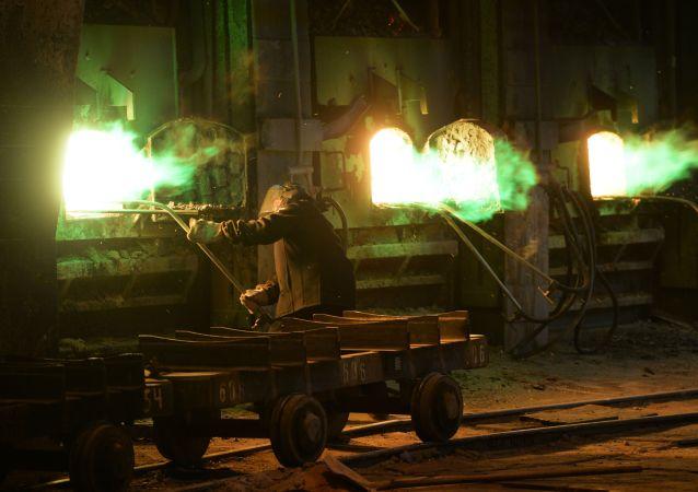 上佩什馬市烏拉爾礦業冶金公司(UMMC)電解銅工廠