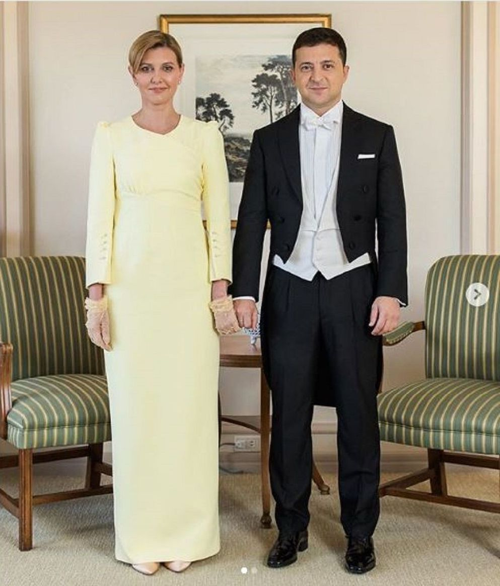 烏克蘭第一夫人著淺黃色參加日本天皇即位儀式被指不敬