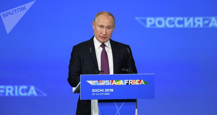俄羅斯總統普京表示,俄羅斯免除了非洲國家總額超過200億美元的債務。