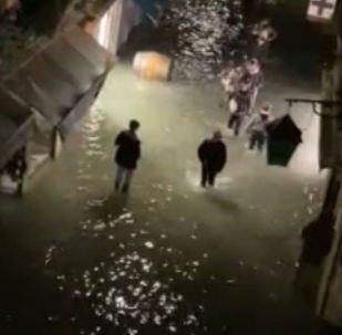 威尼斯遭遇50年罕见洪水