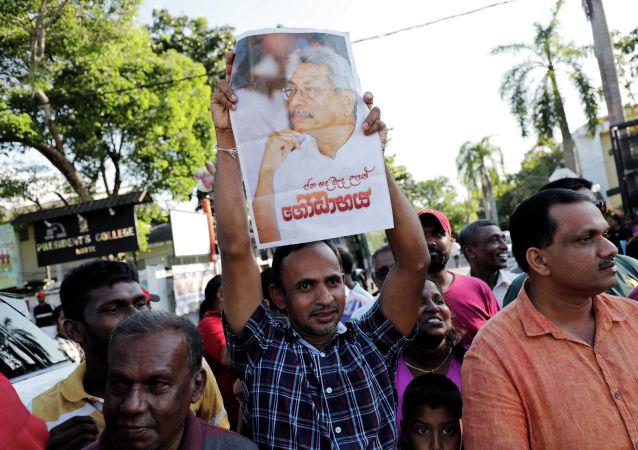 专家:中国在斯里兰卡的地位不可动摇