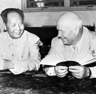 20世纪的中俄关系:通向睦邻的艰难之路