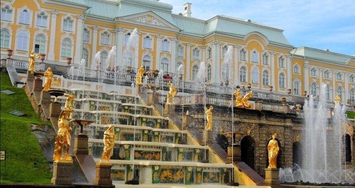 「彼得宮-頤和園:皇家夏季寢宮」展覽會北京開幕