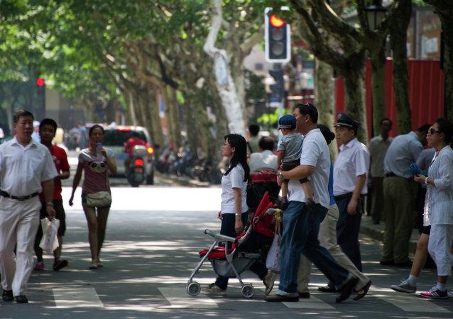 外媒:中國人口到2020年將超過14億