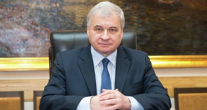俄联邦驻华大使杰尼索夫