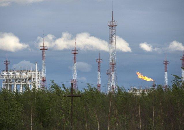 俄能源部:俄石油行业能在35到40美元油价下发展下去