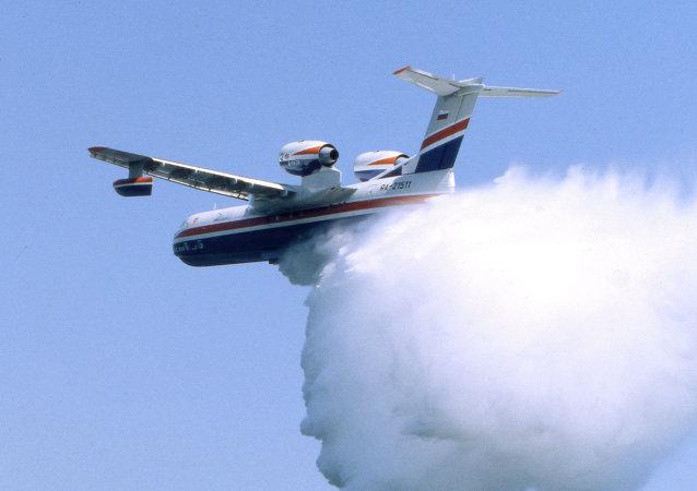 俄紧急情况部Be-200飞机