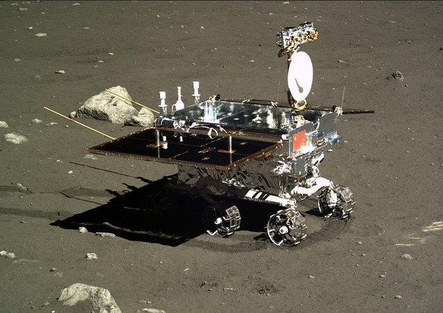 中国想使太空探测器在月球背面着陆