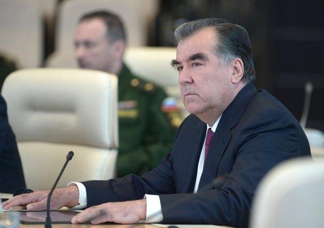 塔吉克斯坦总统埃莫马利•拉赫蒙
