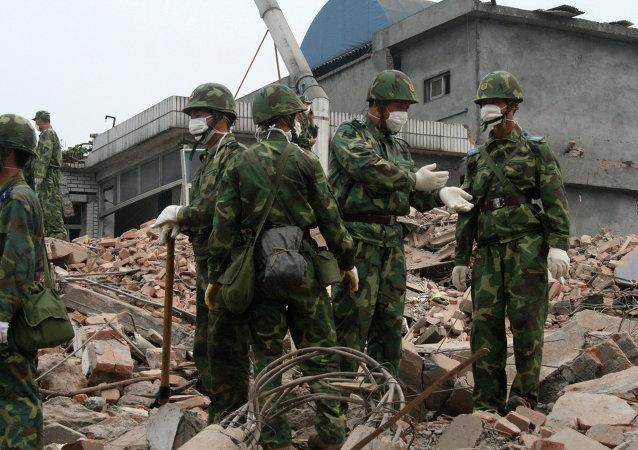 宁波爆炸事件致两人死亡,两人伤情紧急