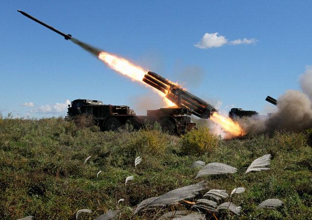俄羅斯新式多管火箭炮