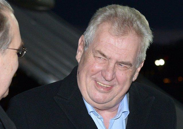 捷克總統預測一年後取消對俄制裁