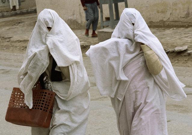巴基斯坦西北省份要求所有女學生「蒙面」