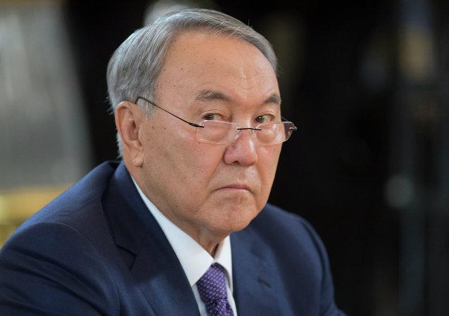 哈萨克斯坦总统:不会返回支持国家货币坚戈的汇率
