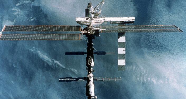 国际空间站现有考察组宇航员或于年底返回地球