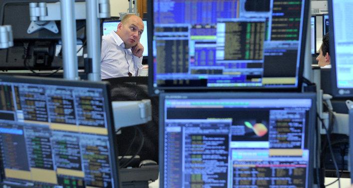 俄媒:中國減持美債77億美元回擊挑起貿易戰的特朗普