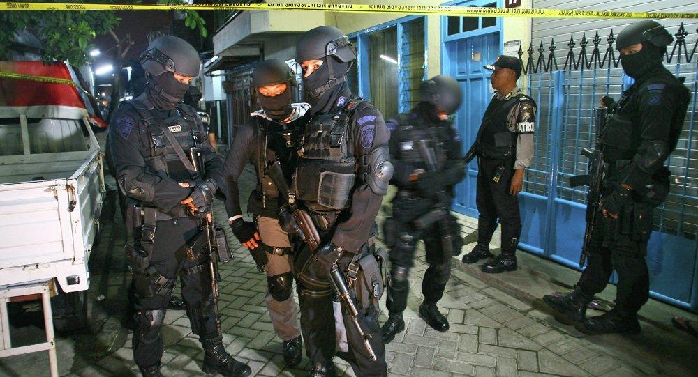 伊斯兰分子开始使用马来语和印尼语进行宣传