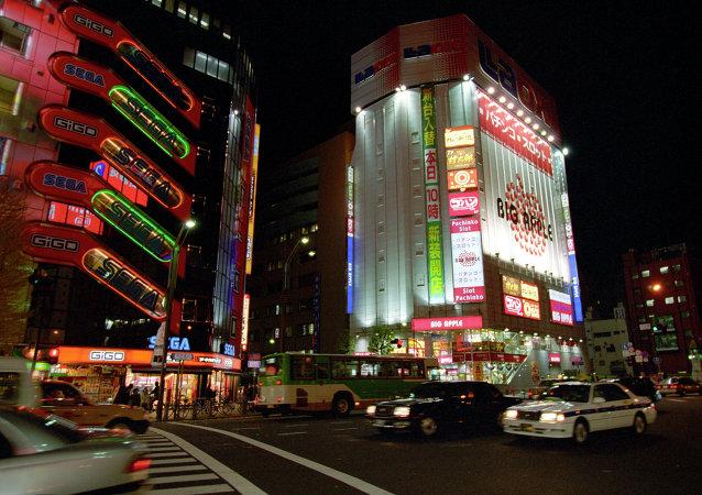 一名日本人在东京艺术节投掷燃烧物 造成15 人受伤