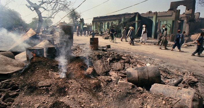 據媒體報道,約300名塔利班分子在塔利班西部被消滅,15名軍人、10名警察在戰鬥中喪生