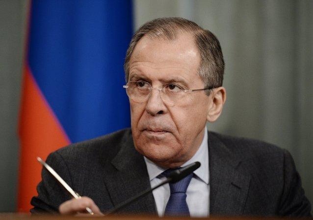 俄外长:离开叙总统无法和平解决叙利亚冲突