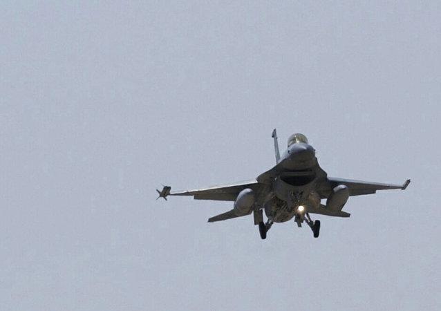 F-16 战机