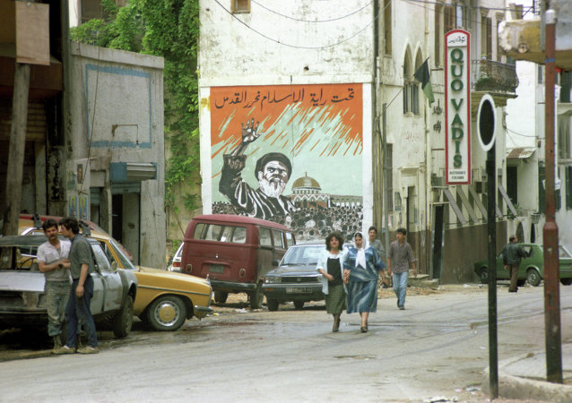 「真主黨」的宣傳畫在黎巴嫩首都
