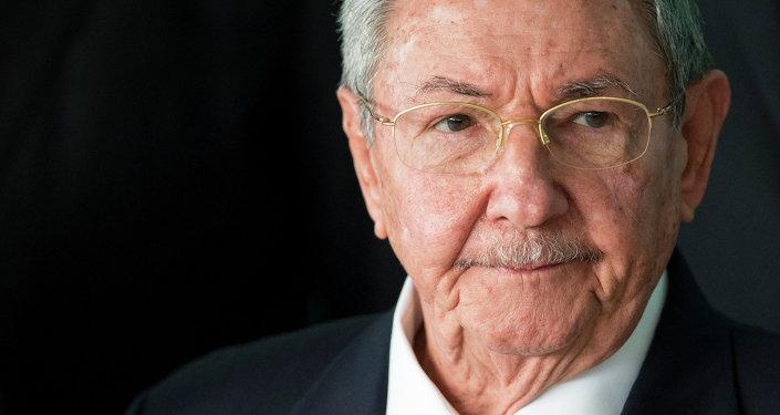 卡斯特羅:古巴對美國外交官的病情沒有責任
