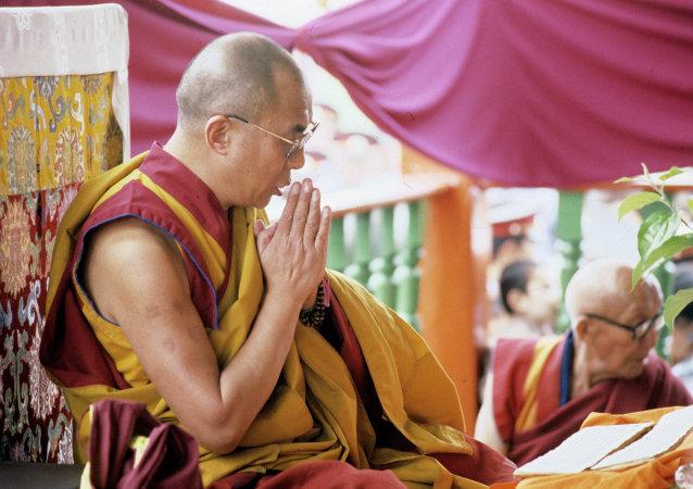 中國外交部:中國堅決反對任何外國勢力與達賴喇嘛間的接觸
