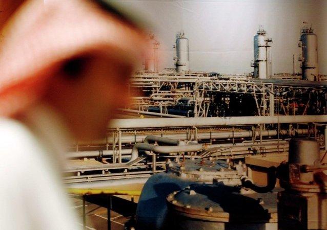 阿联酋与俄罗斯两国能源部长讨论石油减产协议