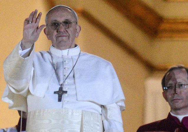 羅馬教皇拒絕為其安全轉乘裝甲教宗座駕