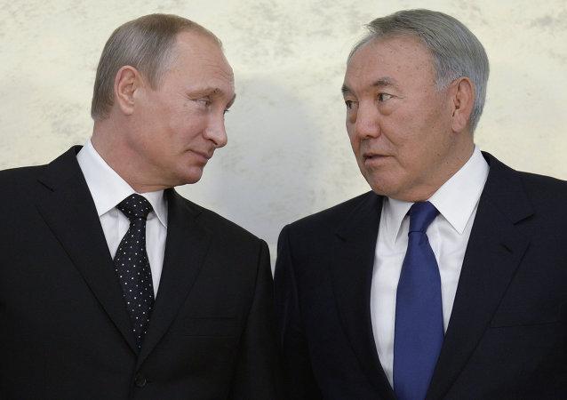 普京与纳扎尔巴耶夫