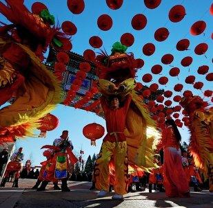 外媒:许多国家举办春节庆祝活动
