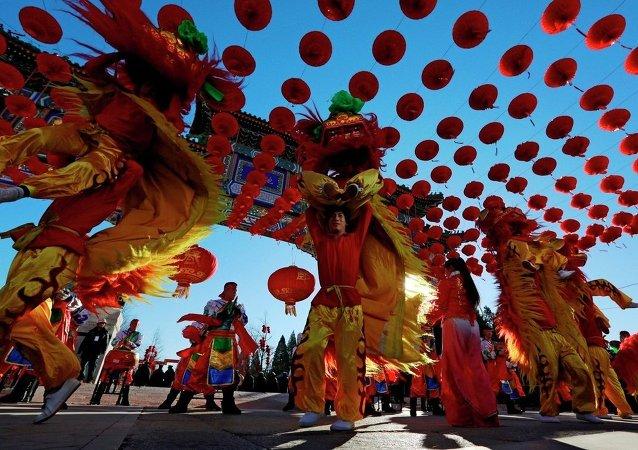 外媒:許多國家舉辦春節慶祝活動