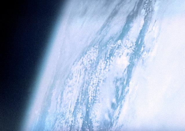 俄航天署年底前将成立运营公司销售卫星图片