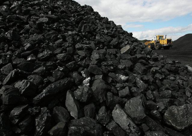 2014年中国煤炭消费量和产量下降 为本世纪以来首次