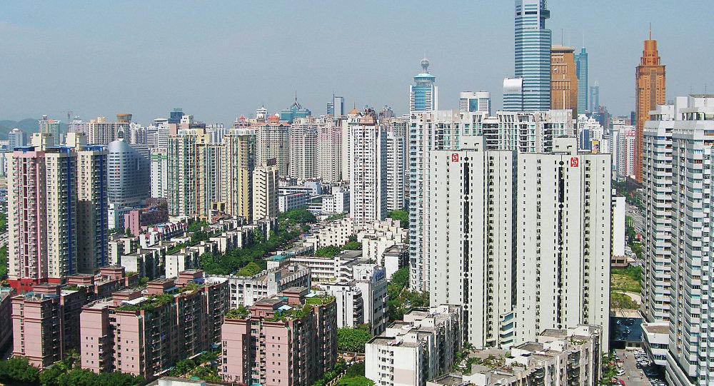 一男子在深圳市场持刀行凶,致1死12伤