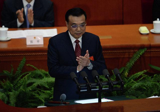 李克强:2016年中国经济增长预期目标是6.5%-7%