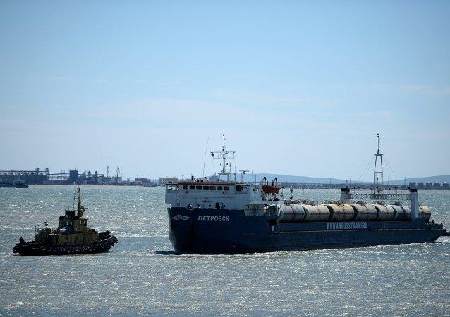 土耳其干货船事件不影响刻赤海峡大桥建设
