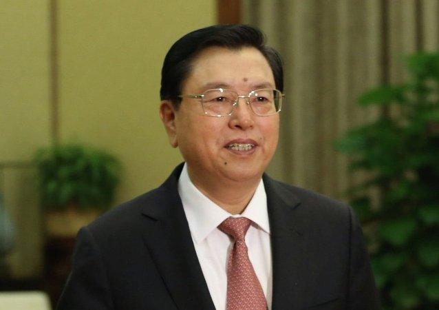 俄罗斯联邦委员会主席马特维延科授予张德江友谊勋章