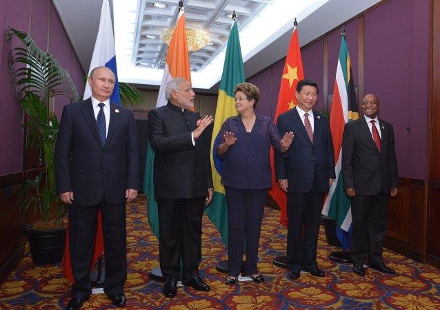 中国学者:乌法峰会将对金砖国家合作产生重大推动作用