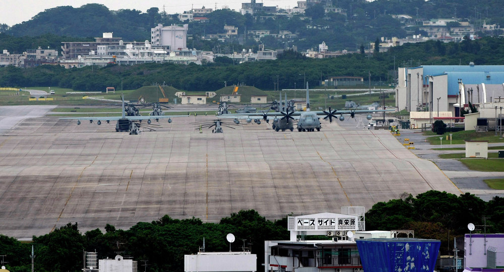 驻冲绳岛的美国军事基地