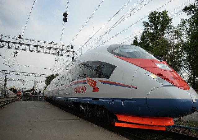 消息人士:中国将考虑把对俄高铁项目贷款增加1500亿卢布可能性