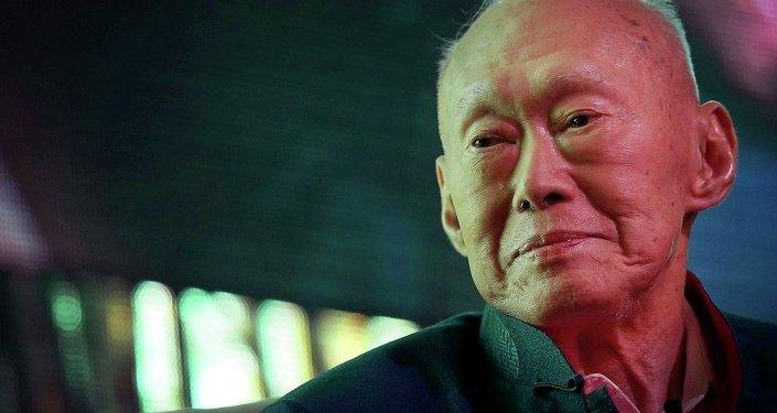 李光耀因病於今天去世