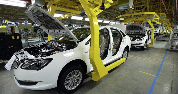 前7個月中國新能源汽車產銷同比增長近一倍