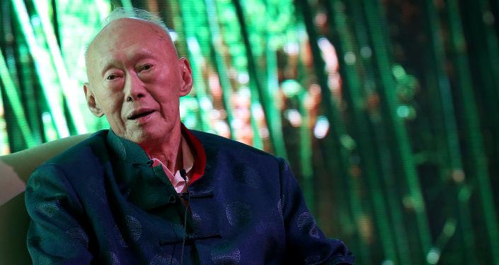 """新加坡""""经济奇迹""""创始人李光耀"""
