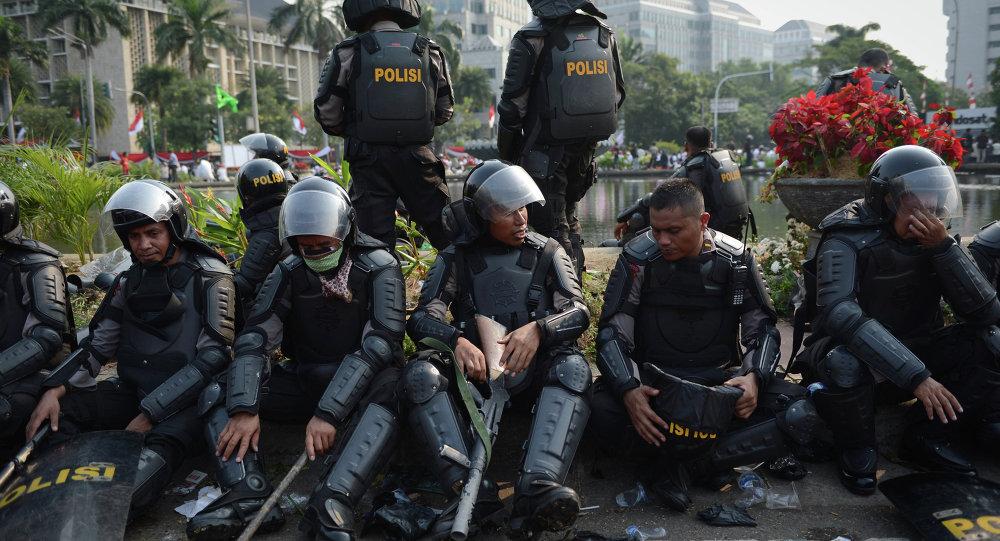 6人在雅加達因被指控招募伊斯蘭分子被捕