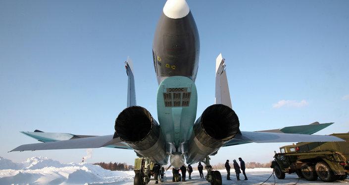 苏-34前线轰炸机