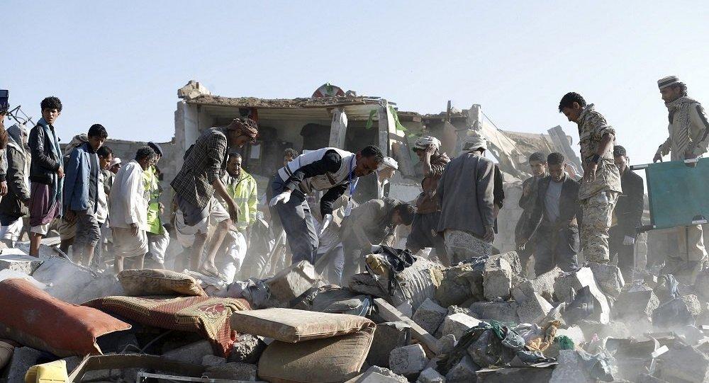 """""""阿拉伯联盟""""空军对萨那和也门北部进行了20次空袭"""