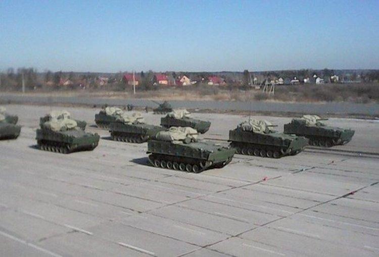 「庫爾加涅茨-25」 步戰車